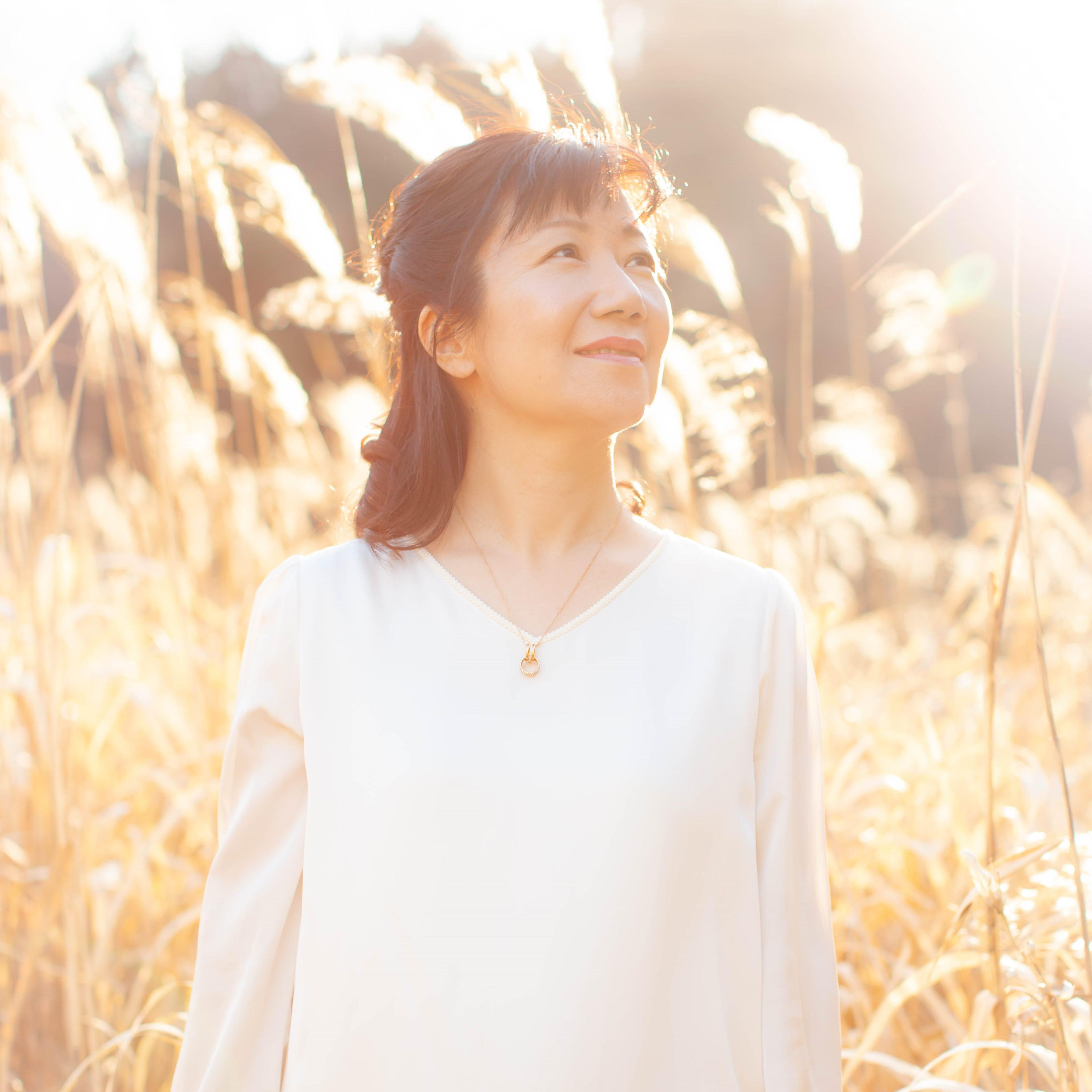 薬剤師からヒプノセラピストに転身した中野珠美さん