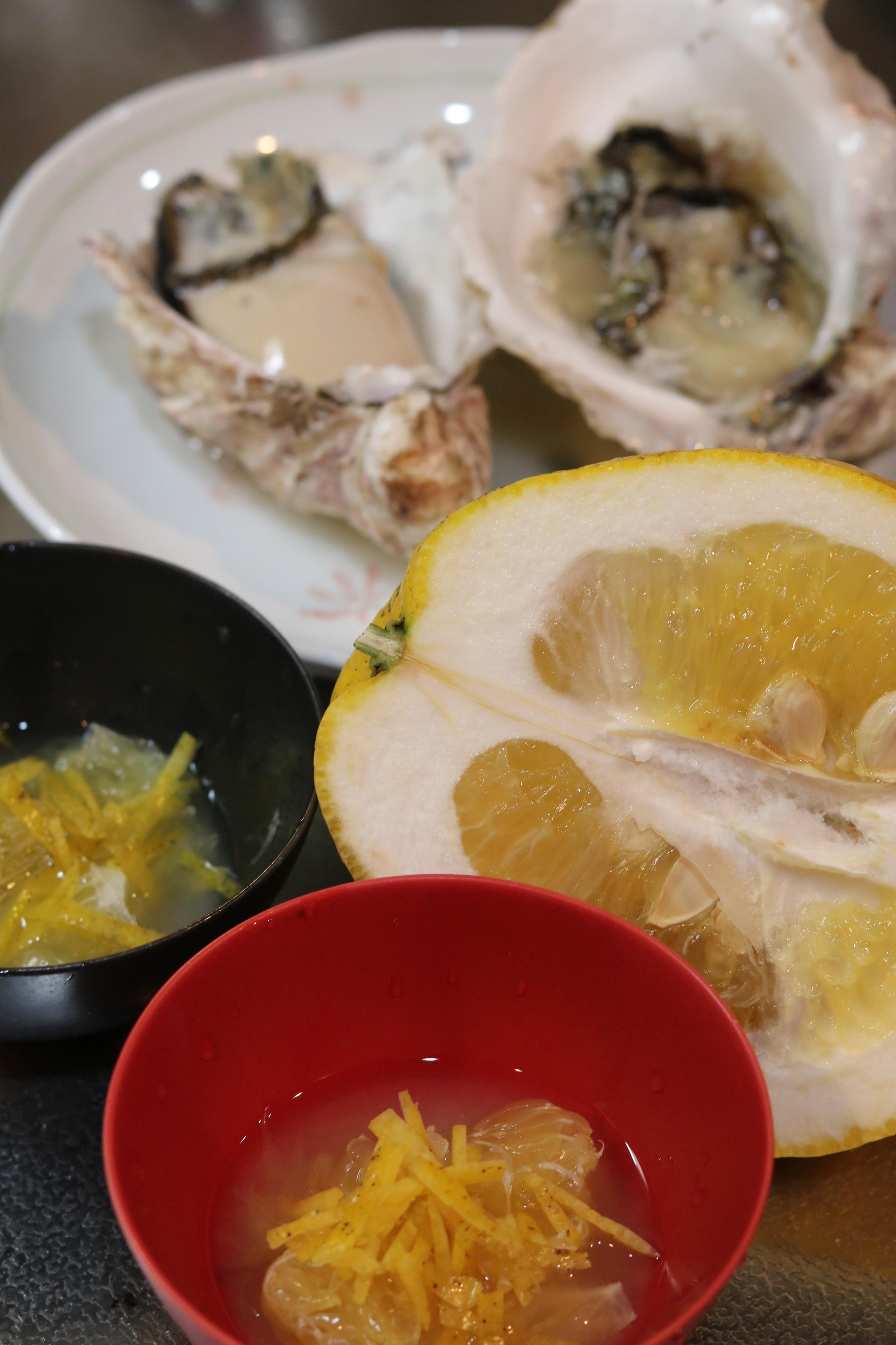 天草の岩牡蠣の晩柑カクテル