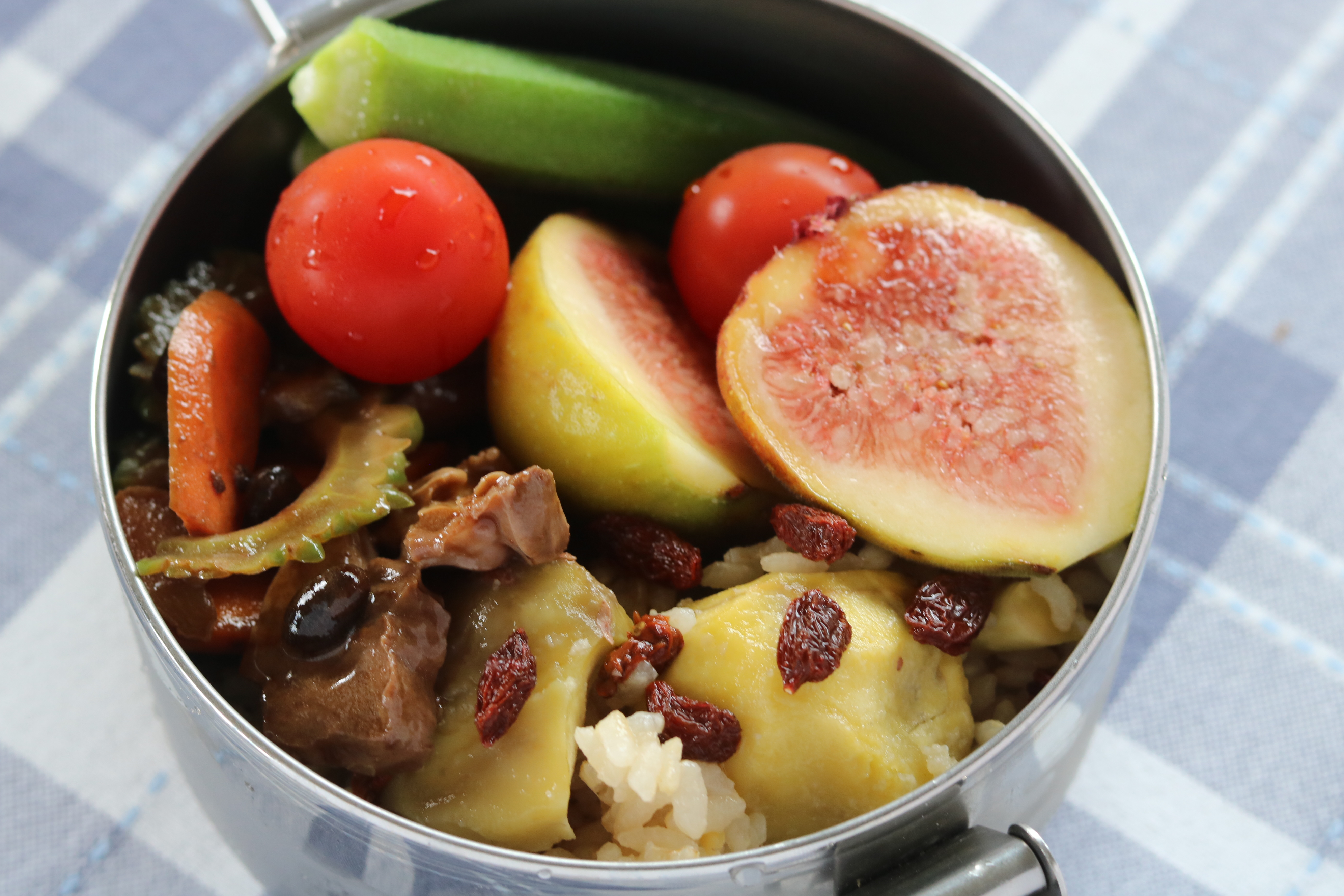 アンチエイジングの薬膳「栗と枸杞酒のご飯と苦瓜の豚ハツ炒めの薬膳お弁当」