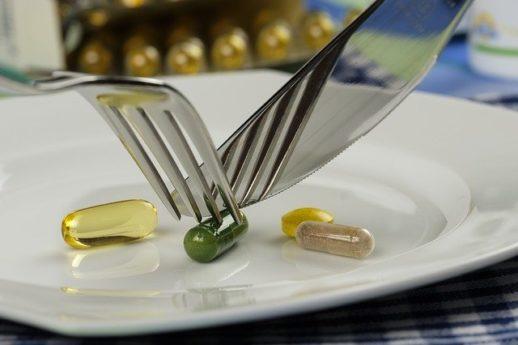 薬とサプリメント