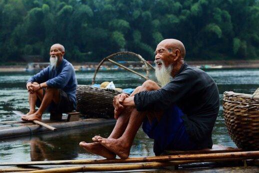 中国の淡水魚の漁師