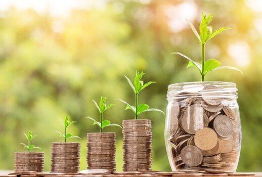 未来に若さを貯金するイメージ